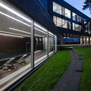 Фото в интерьере Встраиваемый светильник a041458 в стиле техно