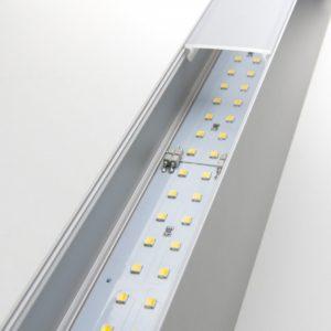 101-100-30-53 / Линейный светодиодный накладной односторонний светильник 53см 10W 4200K матовое серебро a041487